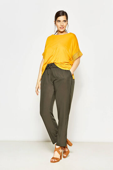 Curvy trousers with flounce