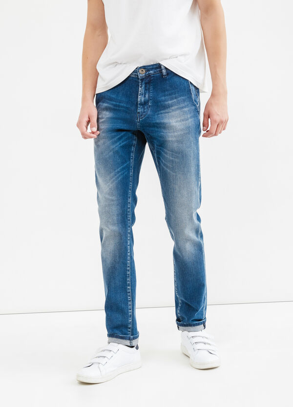 Slim-fit worn-effect stretch jeans with turn-ups | OVS