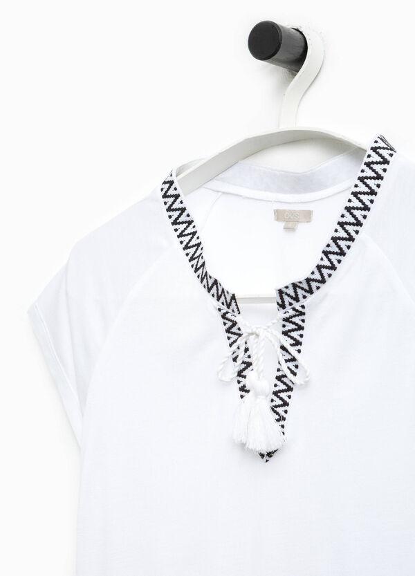 Smart Basic V-neck T-shirt with tassels | OVS