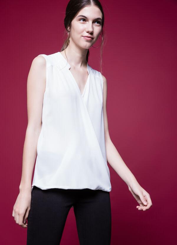 Sleeveless V-neck blouse in 100% viscose | OVS