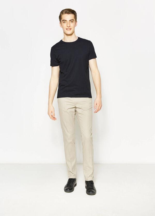 Pantalón en algodón 100% con pliegue | OVS
