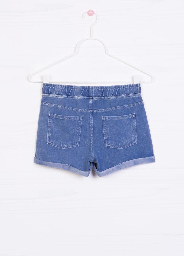 Shorts di jeans stretch con risvolto | OVS