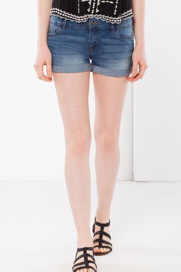 Shorts denim con risvolti, Lavaggio medio, hi-res