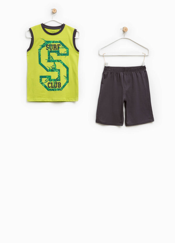 Outfit with printed lettering | OVS