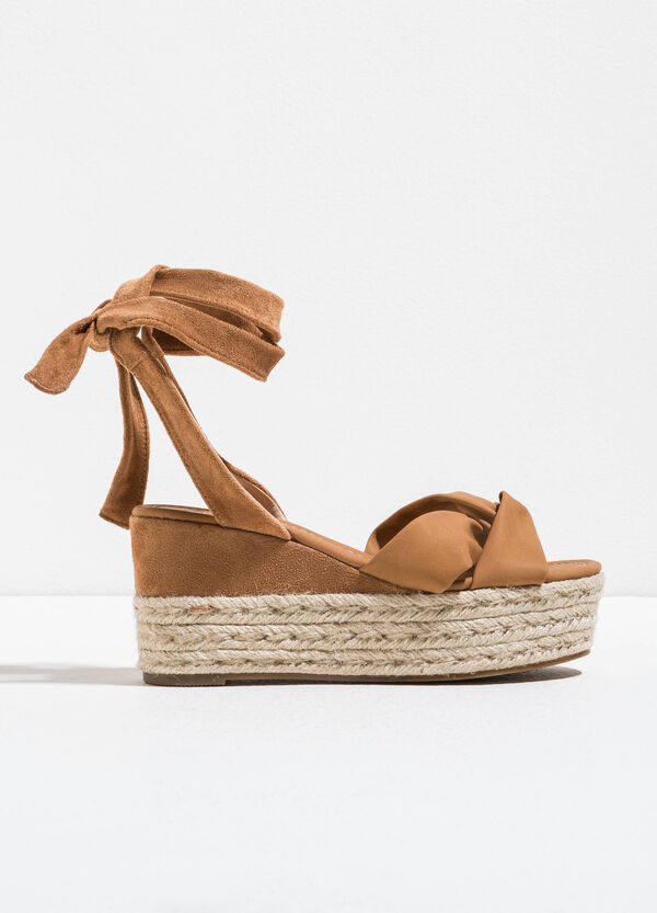 Sandals with braided bands on the upper | OVS