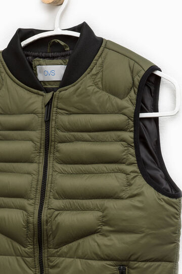 Padded gilet with zip and pockets