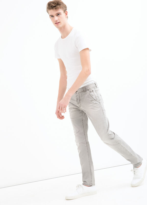 Pantaloni stretch effetto used | OVS
