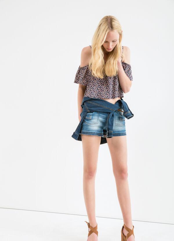 Shorts vaqueros con efecto usado | OVS