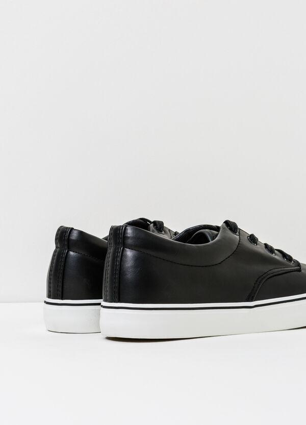 Sneakers con lacci tinta unita | OVS