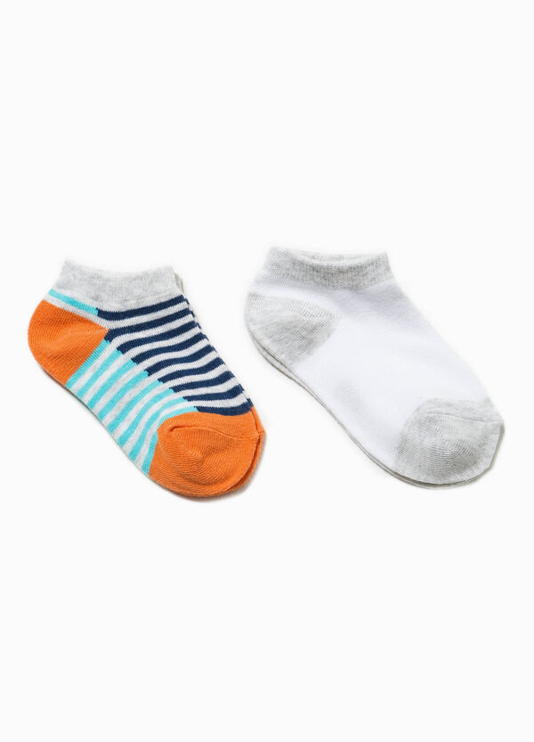 Two-pair pack short solid colour and striped socks | OVS