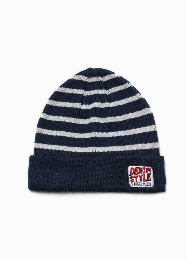 Knitted beanie cap with patch and stripes | OVS