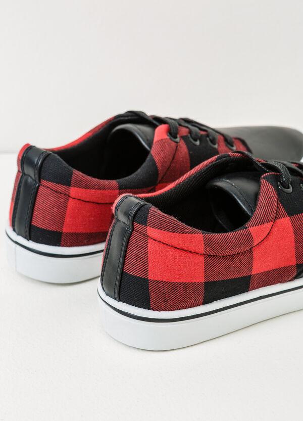 Sneakers fantasia a quadri | OVS