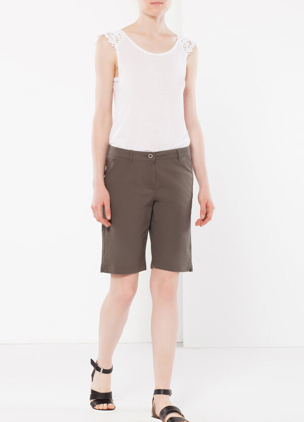 Stretch Bermuda shorts | OVS