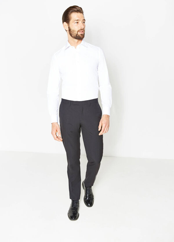 Custom-fit viscose trousers with crease | OVS
