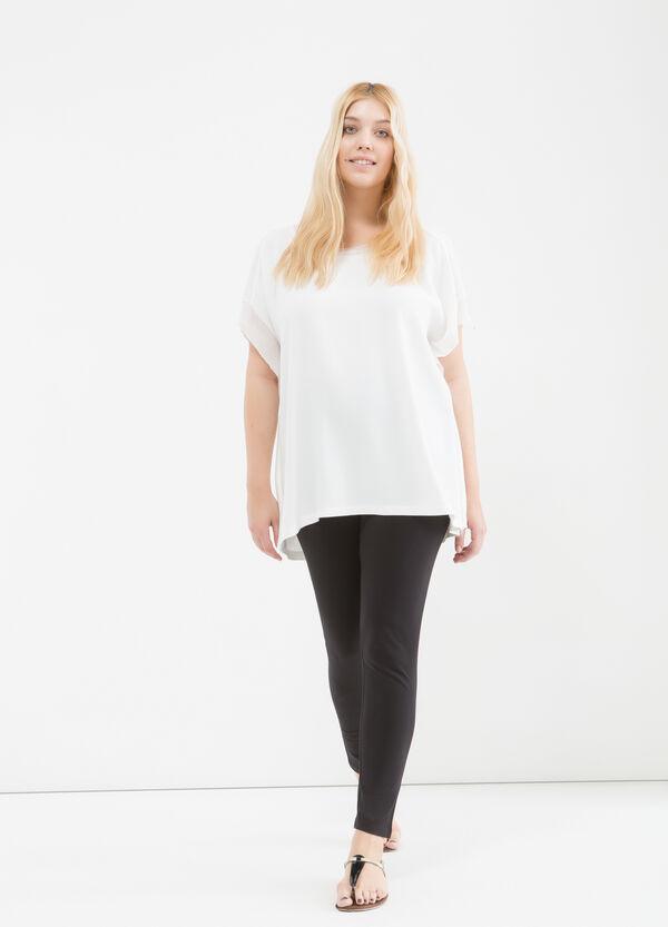 Curvy blouse in viscose blend | OVS