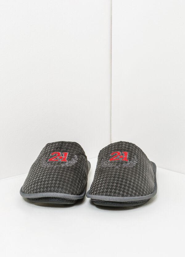 Pantofole fantasia con ricami | OVS