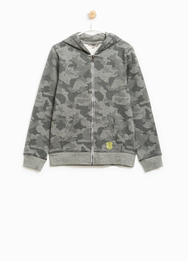 100% cotton sweatshirt with camouflage pattern | OVS