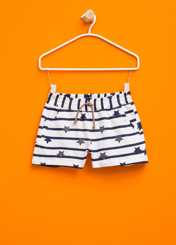 Shorts with stars and stripes pattern | OVS