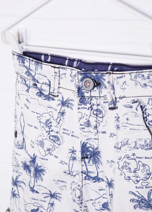 Denim Bermuda shorts with pattern | OVS