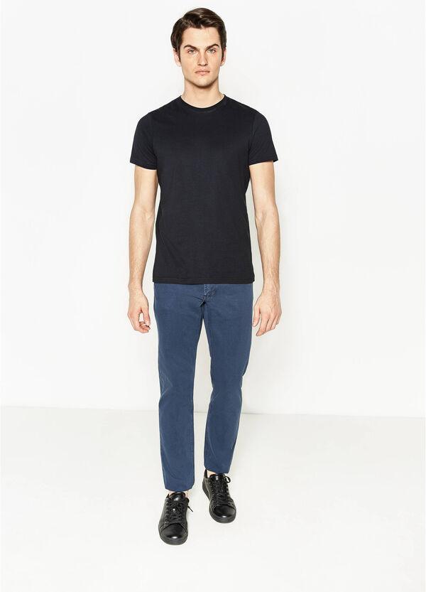 Pantalón en algodón 100% de color liso | OVS