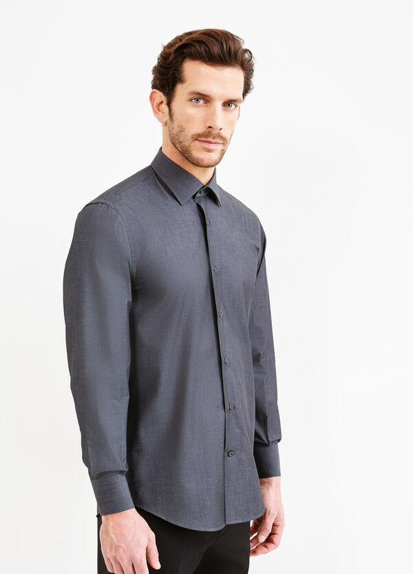 Solid colour, regular-fit formal shirt | OVS