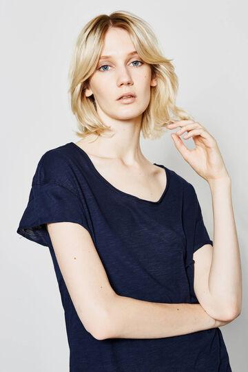 100% cotton T-shirt with wide neckline