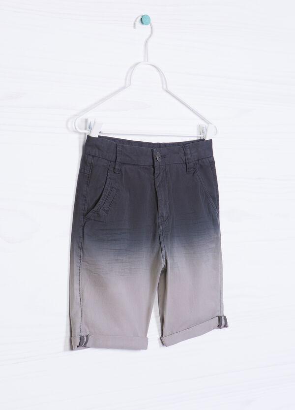 100% cotton degradé Bermuda shorts. | OVS