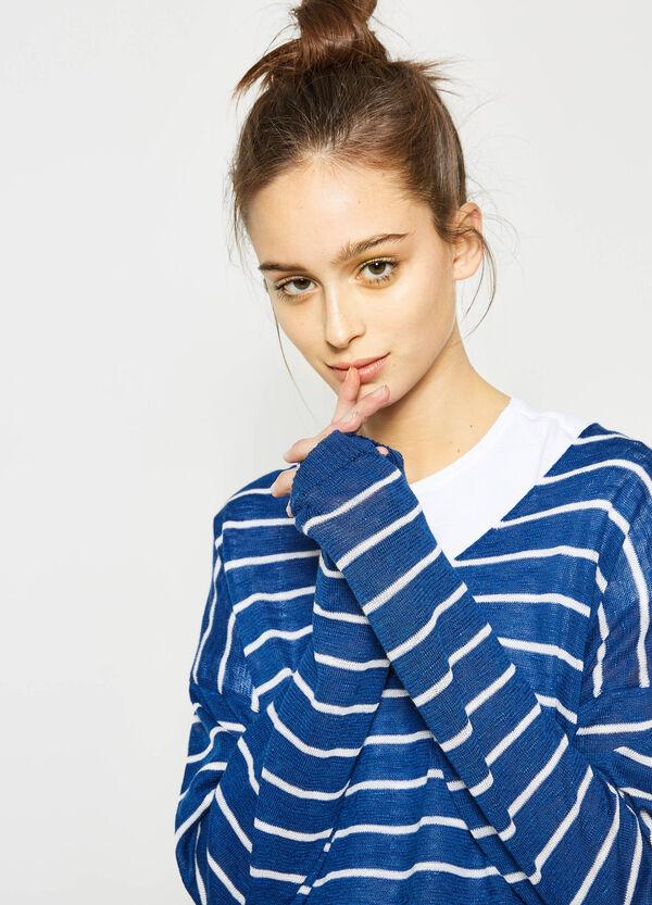 Pullover tricot a righe con scollo a V | OVS