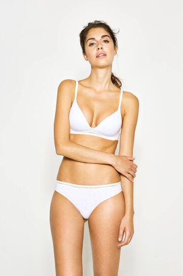 Two-tone Brazilian-cut briefs with lace on the back
