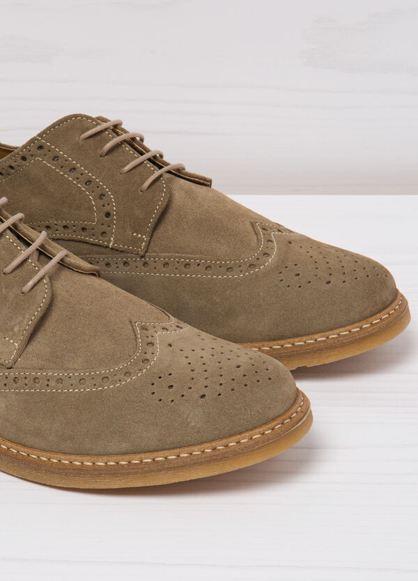 Suede shoes with openwork design | OVS