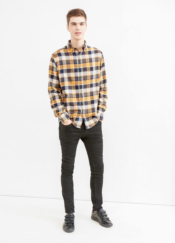 Camicia casual a quadri fondo stondato | OVS