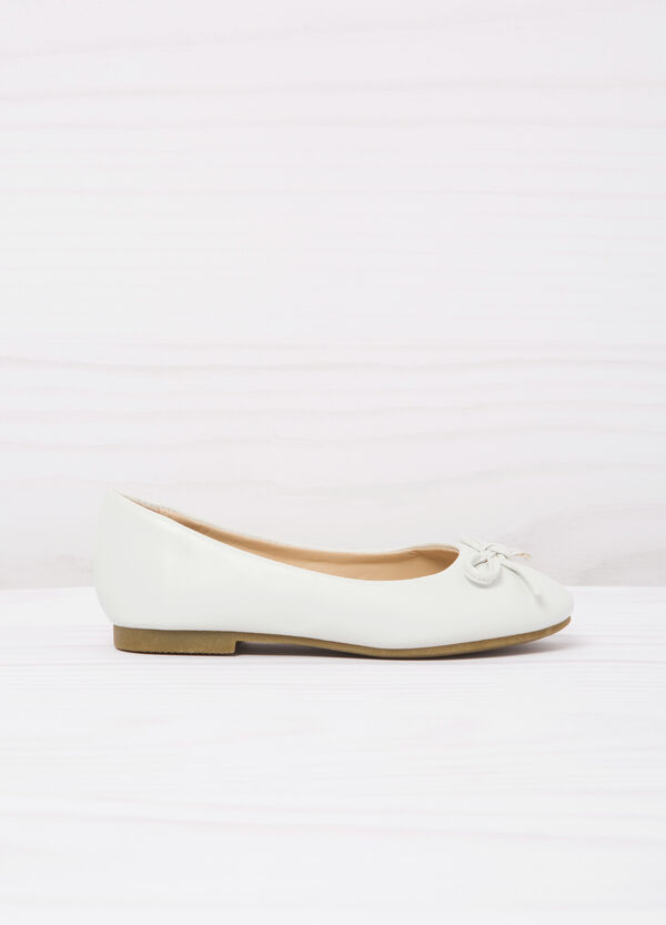 Leather look ballerina flats | OVS