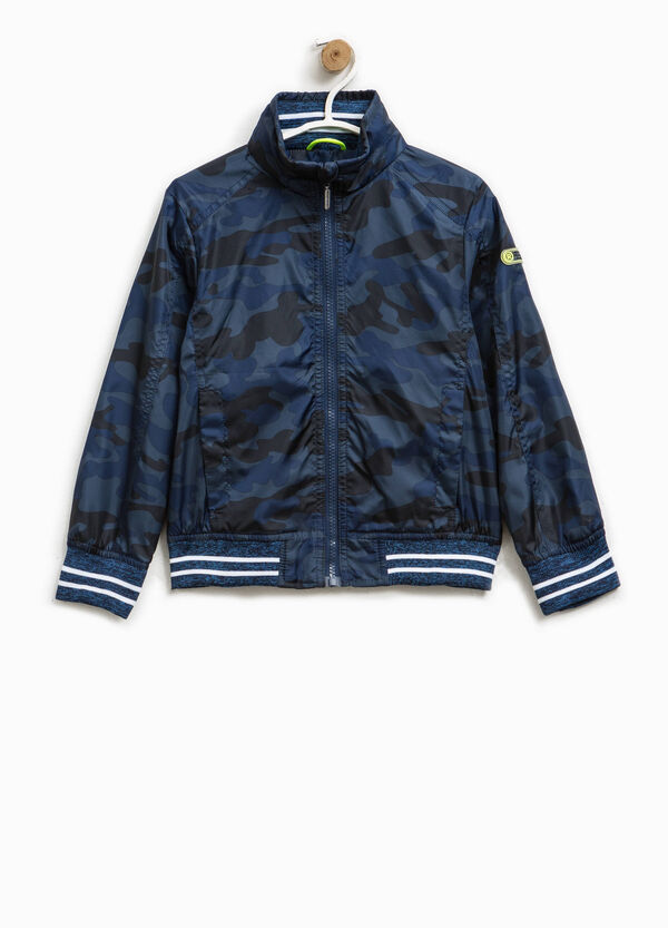 Jacket with camouflage pattern and patch | OVS