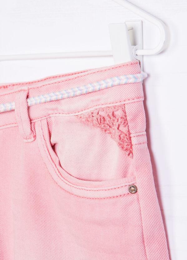 Shorts di jeans con cinturina | OVS