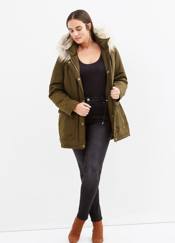 Curvy faux fur jacket | OVS