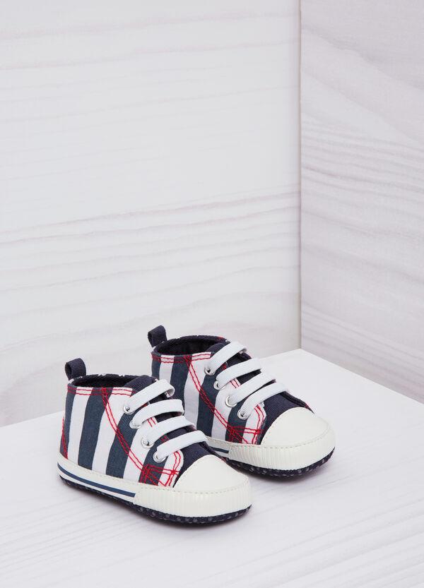 Scarpine sneaker con lacci | OVS