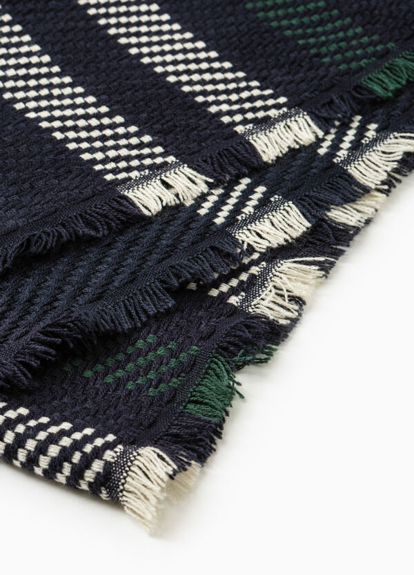 Solid colour knitted scarf with embroidery | OVS
