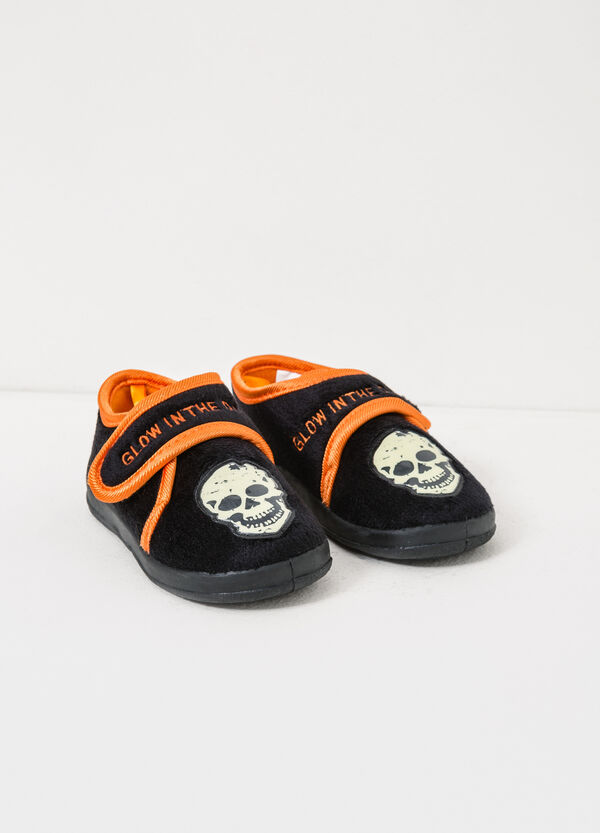 Slippers with embroidery and skull patch | OVS
