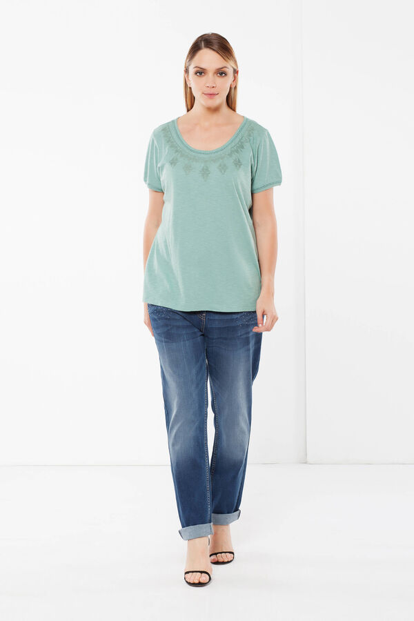 Embroidered Curvy T-shirt | OVS