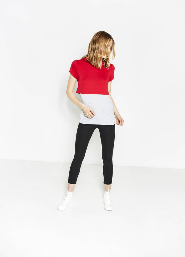 Camiseta corta de viscosa con top interno | OVS
