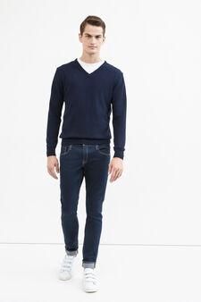 V-neck pullover in cashmere blend, Dark Blue, hi-res