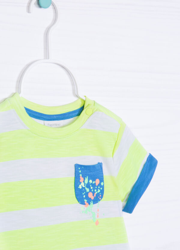 T-shirt in cotone fantasia a righe | OVS