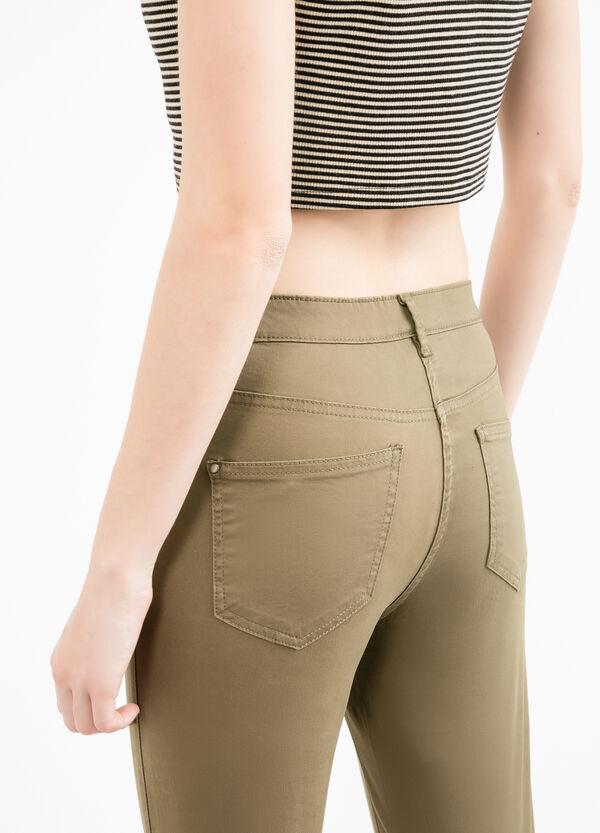 Pantaloni stretch doppia tasca finta | OVS