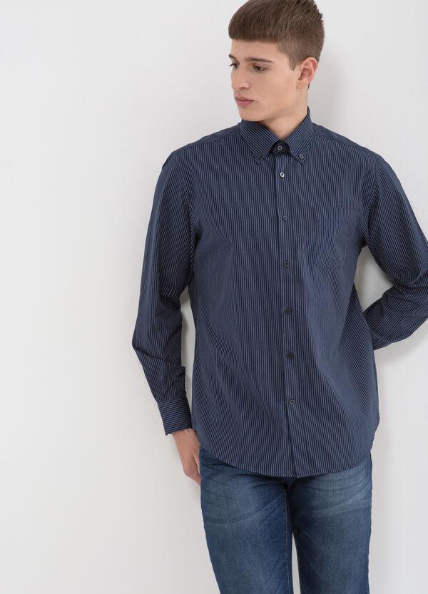 Camicia regular fit a righe misto cotone | OVS