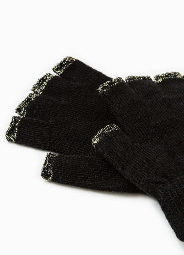 Fingerless gloves with contrasting piping   OVS
