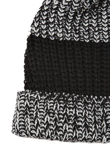 Knitted hat with pompom, Black, hi-res