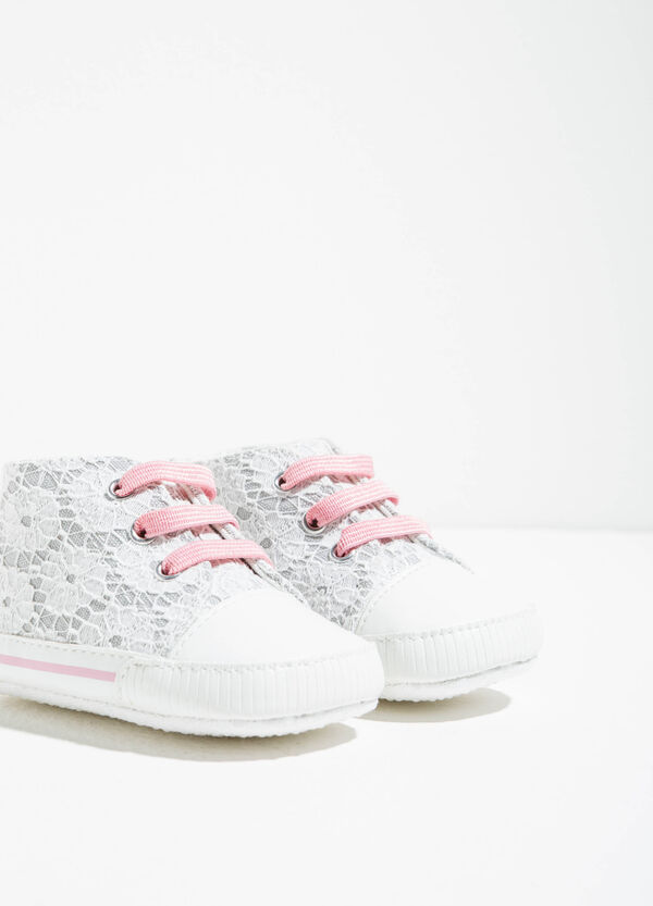 High-top sneakers with lace | OVS