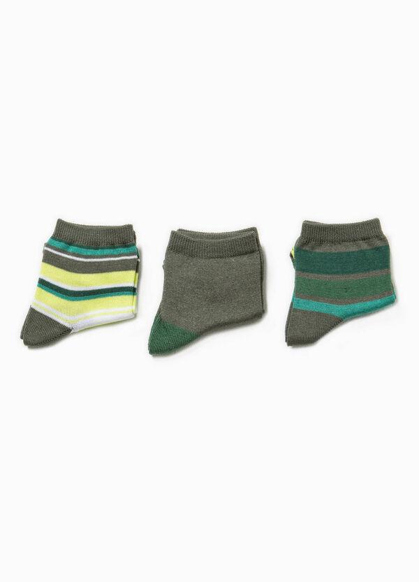 Set tre paia di calze corte unito e righe | OVS