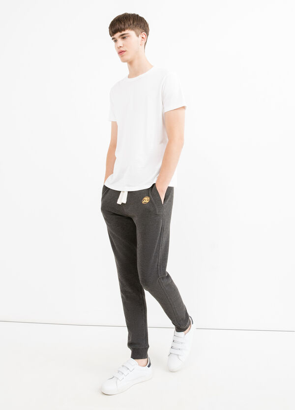 Pantalón de chándal con cordón de ajuste y estampado | OVS