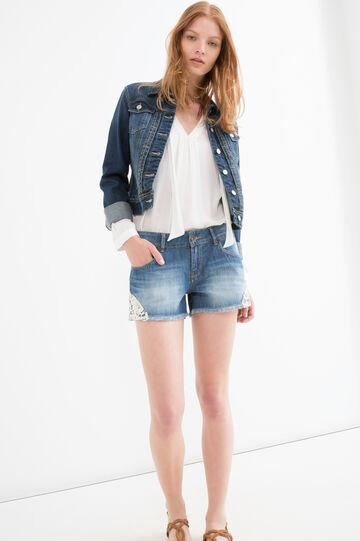 Shorts di jeans regular fit con ricami, Blu, hi-res